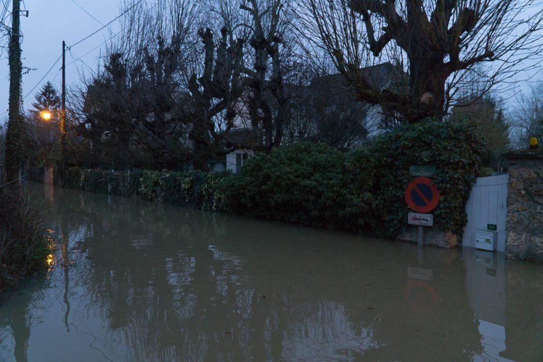 Villennes sur seine plusieurs centaines d 39 habitants for Villes des yvelines
