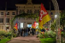 Les communaux votent pour leurs congés, la grève suspendue
