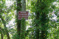 Dépôts d'ordures en forêt: souriez, vous êtes photographiés