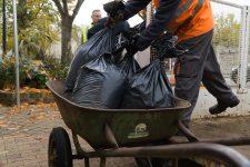 Cinq cent sacs de compost à distribuer