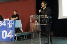 La relance du dossier A104 divise les élus