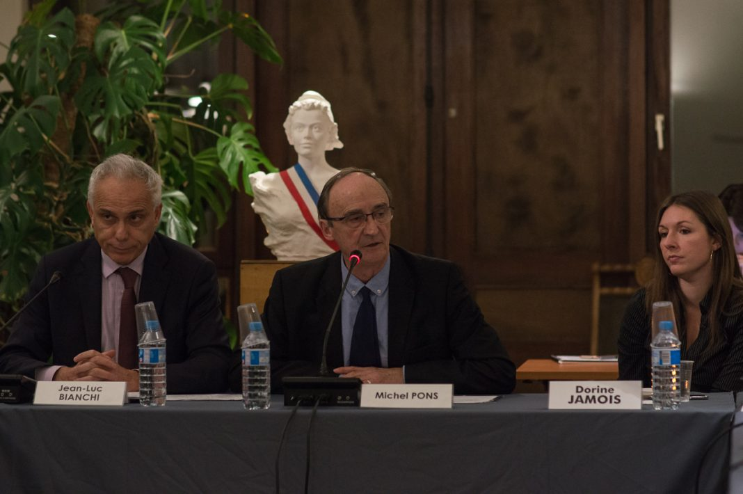 Villennes sur seine vers une sortie de crise au conseil for Sortie en famille yvelines
