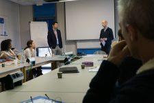 Job academy: les parrains d'EDF prêts  à retenter l'expérience