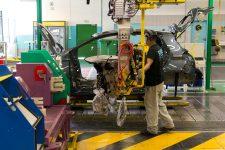 Renault Flins: 350 CDI dont  «plus de 75%» iront aux intérimaires