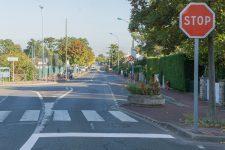 Circulation: ralentisseurs, pavés et stops, des solutions qui peuvent déranger
