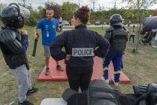 Rapprocher forces de l'ordre ethabitants