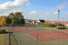 Deux terrains de tennis couverts pour 2019