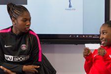 Une joueuse du PSG rend visite aux enfants