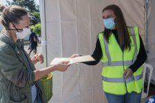 Des masques enfants distribués pourrassurer lesparents
