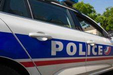 En patrouille, les policiers victimes de jets deprojectiles