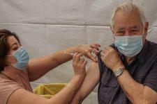 Covid-19: des communes se rassemblent pour vacciner